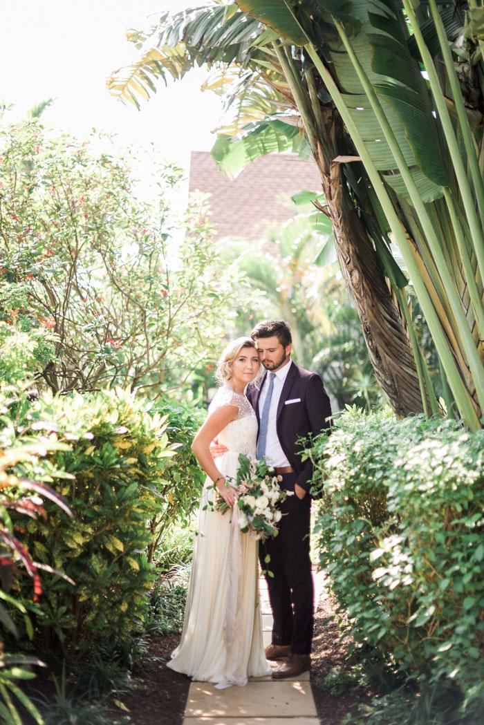 florida-boca-grande-tropical-garden-romantic-wedding-inspiration10