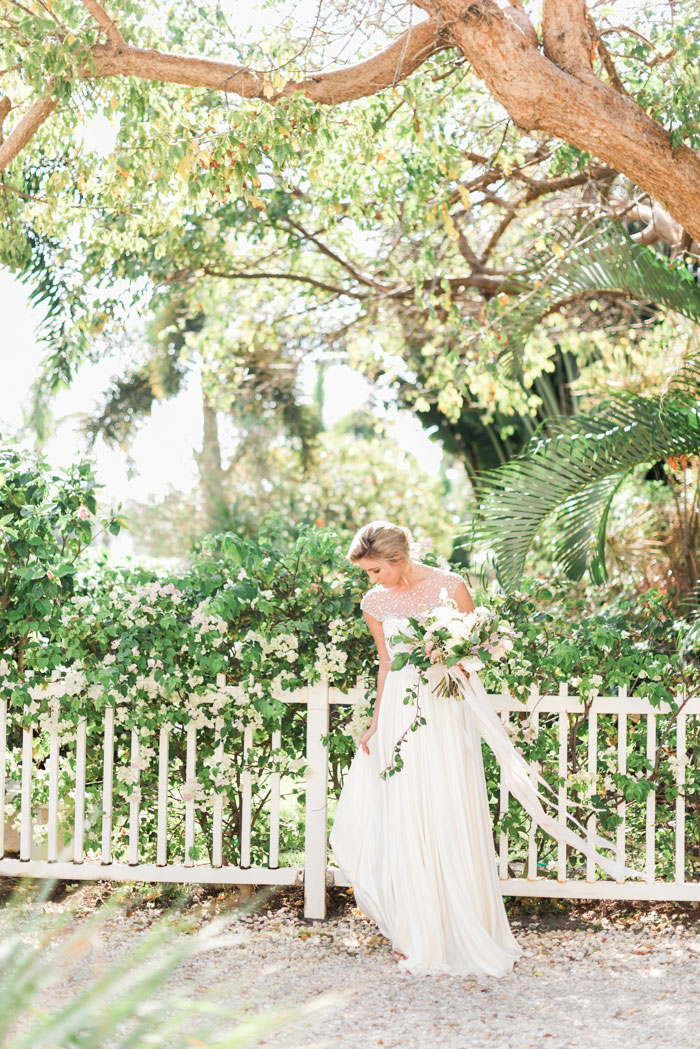 florida-boca-grande-tropical-garden-romantic-wedding-inspiration25