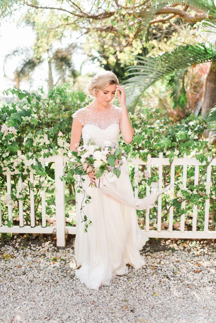 florida-boca-grande-tropical-garden-romantic-wedding-inspiration26