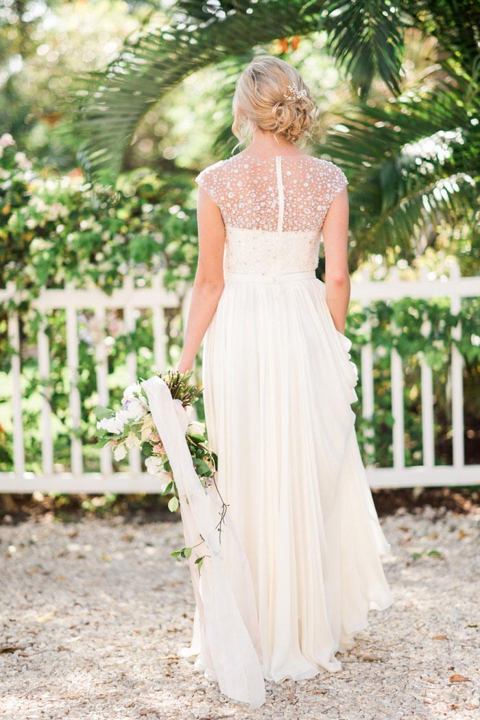 florida-boca-grande-tropical-garden-romantic-wedding-inspiration30