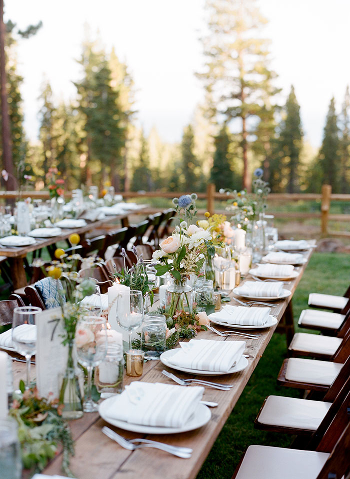 lake-tahoe-bearw-paw-lodge-rustic-wildflower-wedding-inspiration33