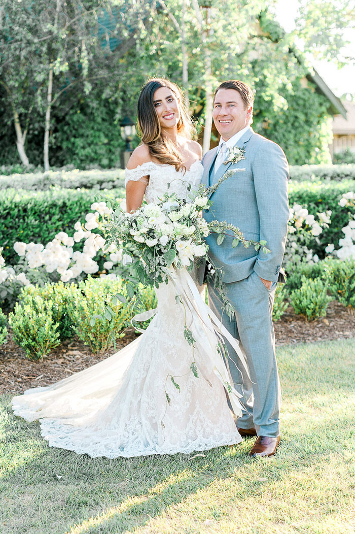ponte-winery-temecula-white-green-lace-wedding-inspiration03