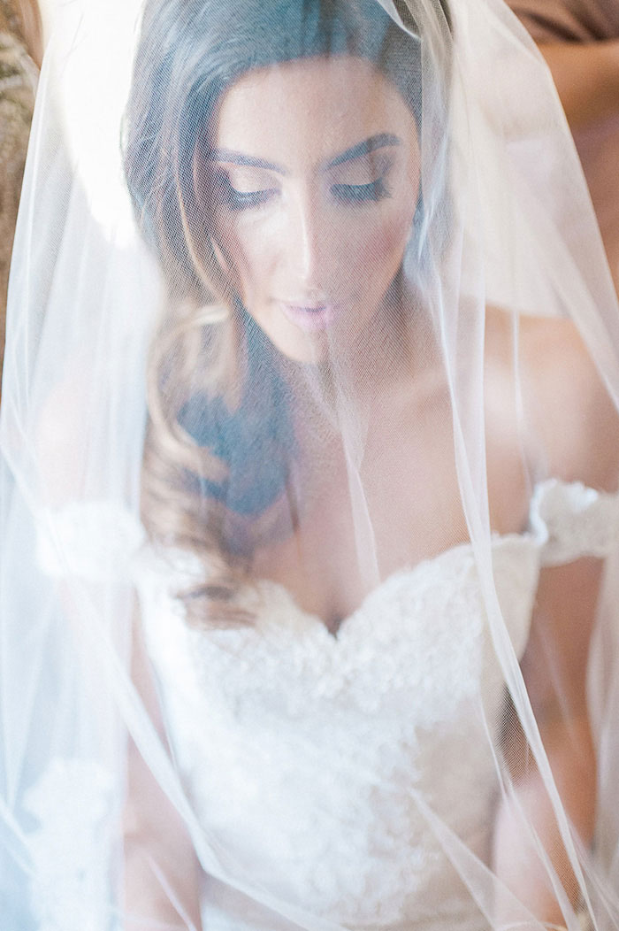 ponte-winery-temecula-white-green-lace-wedding-inspiration15
