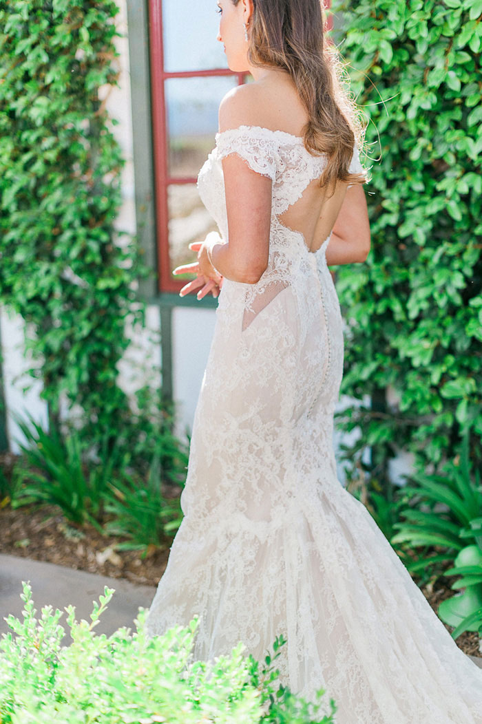 ponte-winery-temecula-white-green-lace-wedding-inspiration16