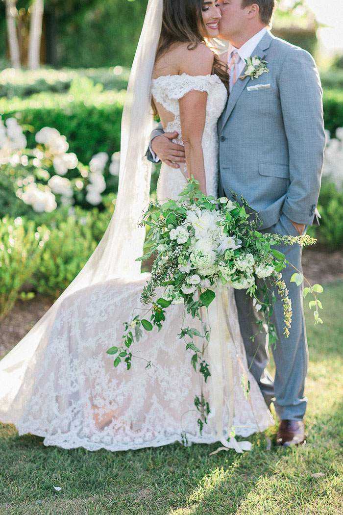 ponte-winery-temecula-white-green-lace-wedding-inspiration19