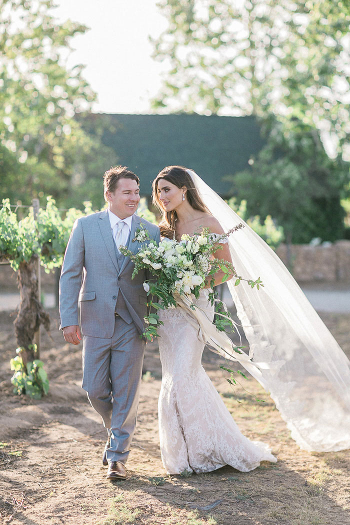 ponte-winery-temecula-white-green-lace-wedding-inspiration20