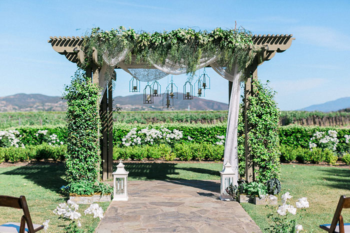 ponte-winery-temecula-white-green-lace-wedding-inspiration26