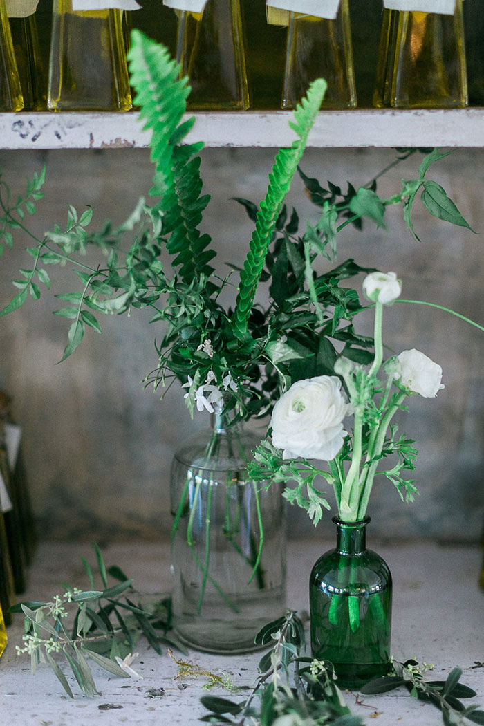 ponte-winery-temecula-white-green-lace-wedding-inspiration41