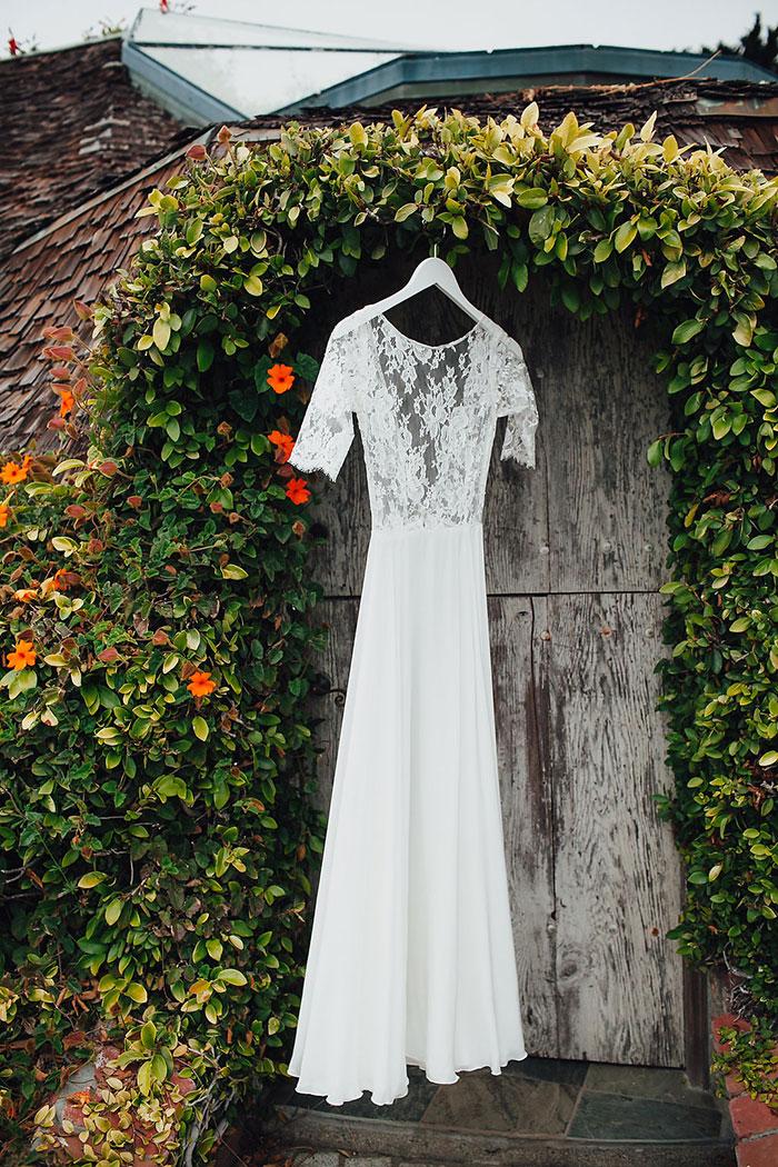 rustic-skyfall-panoramic-hills-san-francisco-wedding-inspiration30