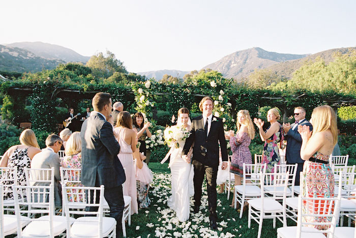 san-ysidro-ranch-white-black-wedding-inspiration-hydrangea24