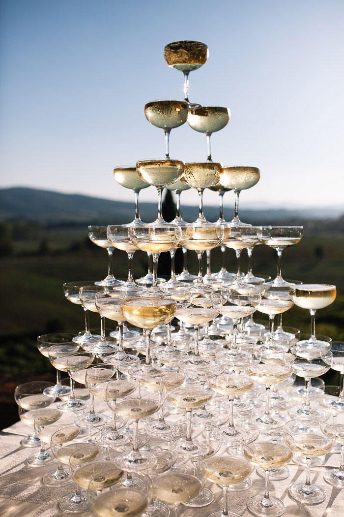 tuscany-italian-country-vineyard-white-wedding-inspiration21