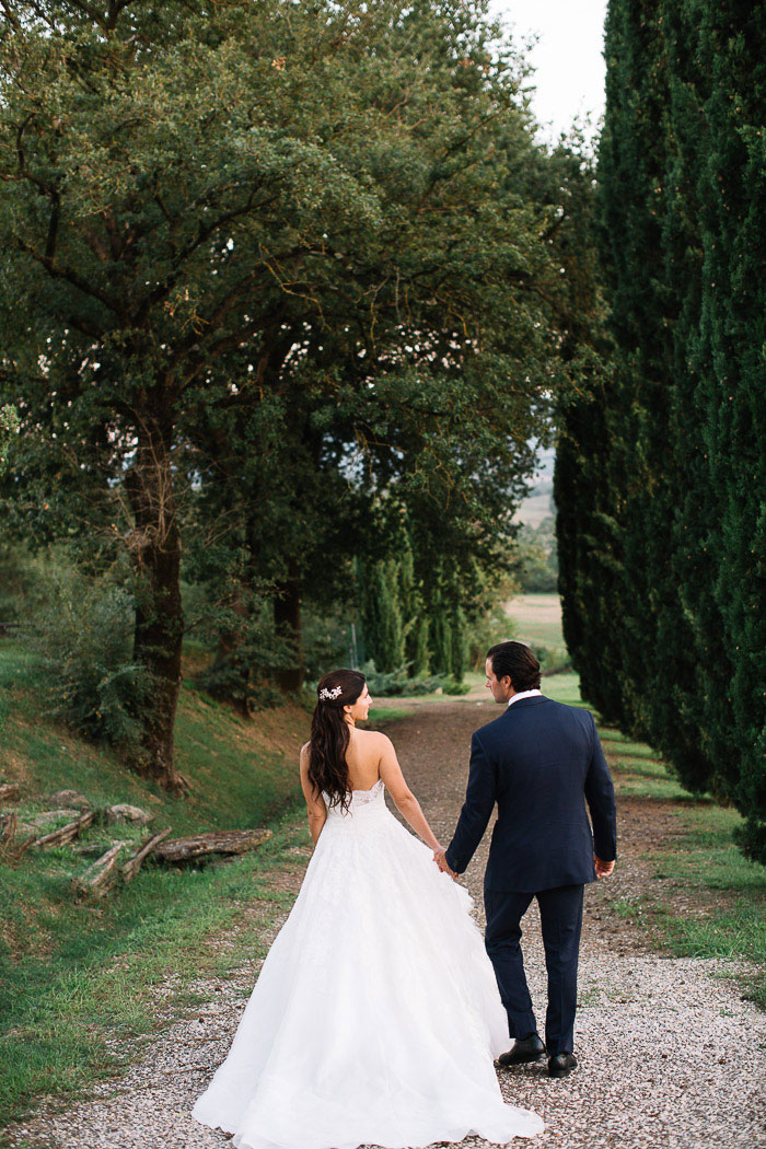 tuscany-italian-country-vineyard-white-wedding-inspiration41