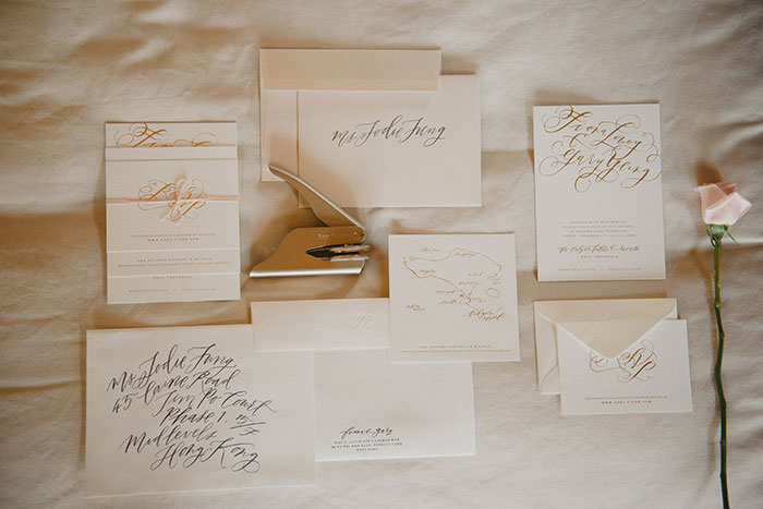bvlgari-hotels-resorts-bali-blush-romanitc-beach-calligraphy-wedding-inspiration10