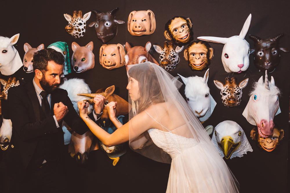 carondelet-house-moody-spooky-vintage-peony-wedding-inspiration02-1