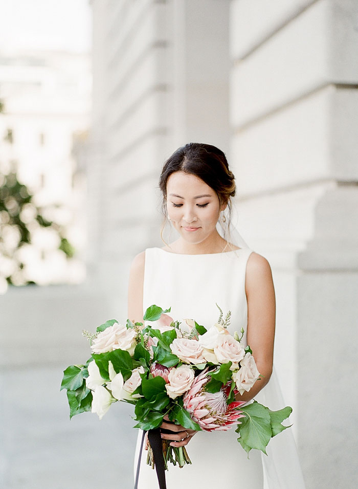 san-francisco-modern-urban-rose-gold-city-hall-wedding-inspiration09