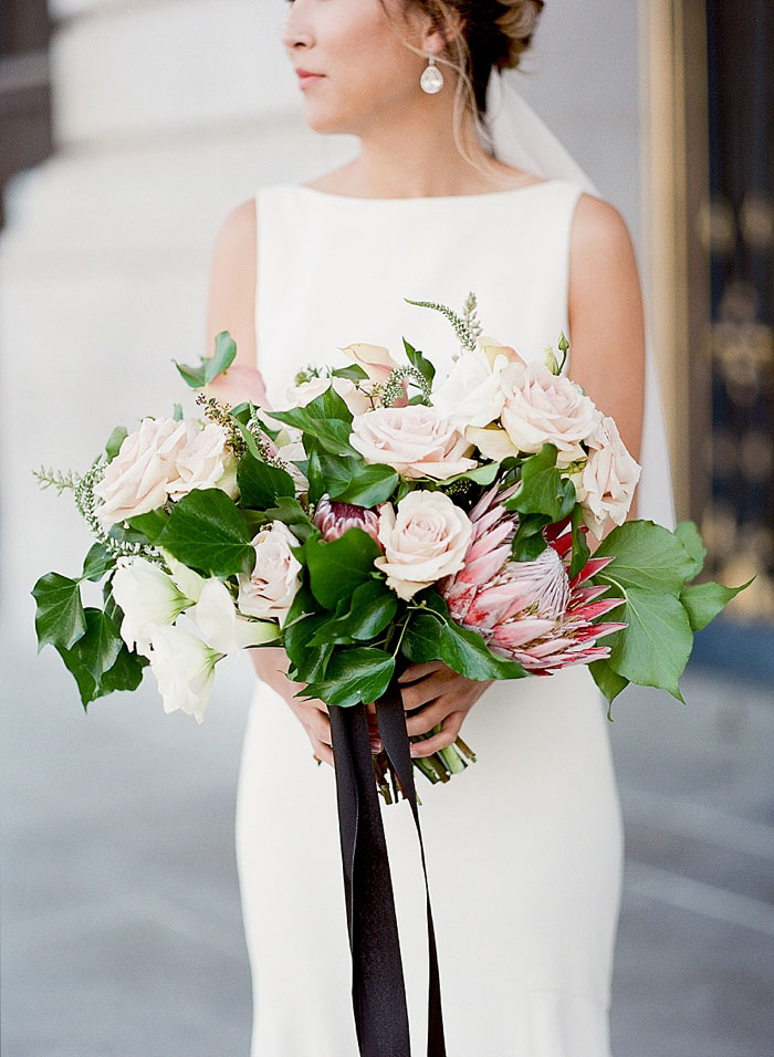 san-francisco-modern-urban-rose-gold-city-hall-wedding-inspiration10