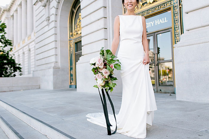 san-francisco-modern-urban-rose-gold-city-hall-wedding-inspiration11