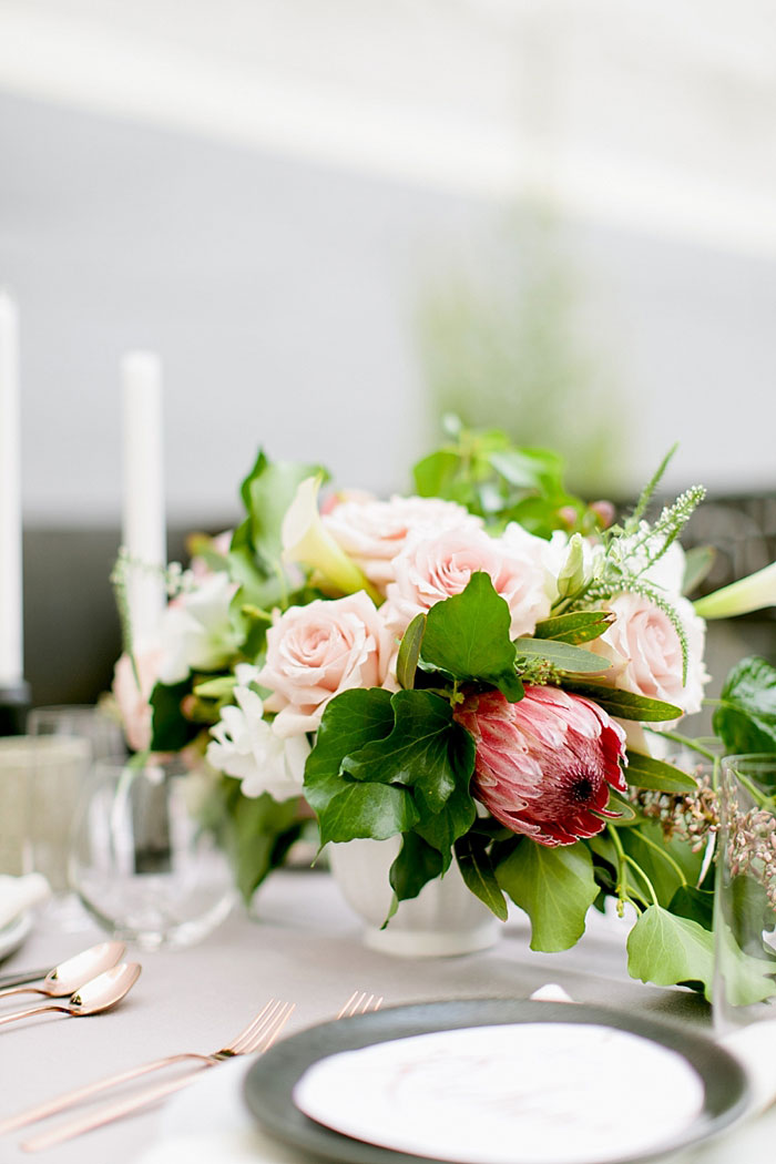 san-francisco-modern-urban-rose-gold-city-hall-wedding-inspiration30