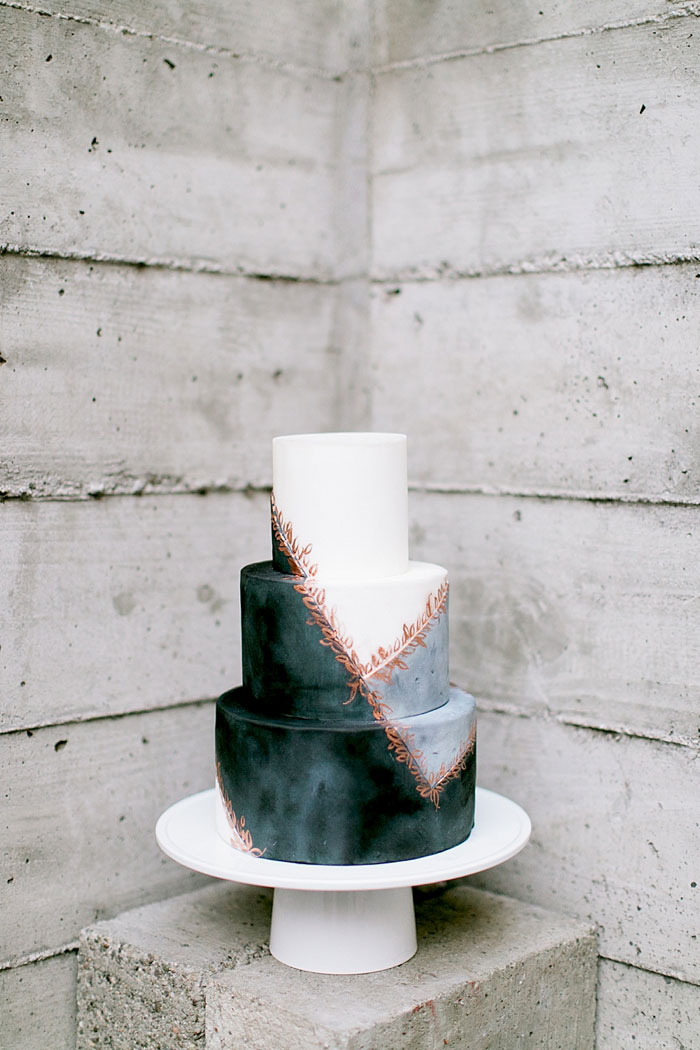 san-francisco-modern-urban-rose-gold-city-hall-wedding-inspiration40
