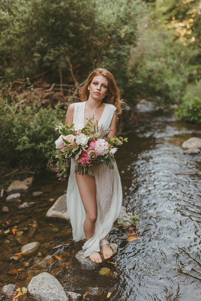 bell-hallow-romatic-moody-river-boudoir-shoot-dahlia-inspiration29