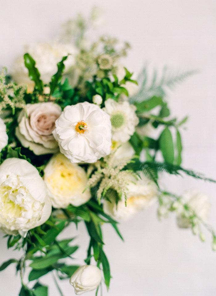boulder-colorado-pink-blue-floral-wedding-inspiration05