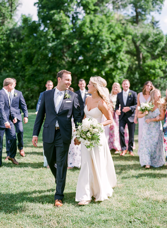 boulder-colorado-pink-blue-floral-wedding-inspiration15