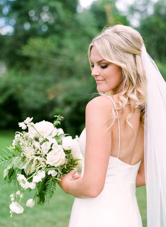 boulder-colorado-pink-blue-floral-wedding-inspiration19