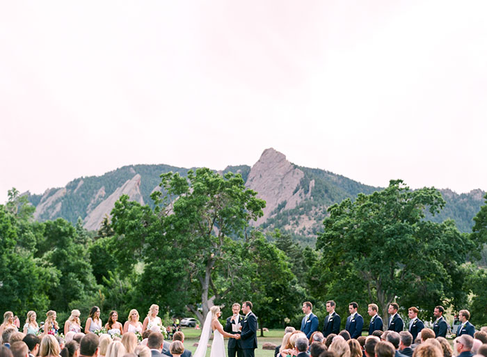 boulder-colorado-pink-blue-floral-wedding-inspiration27