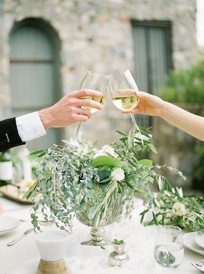 fresh-amalfi-coast-italy-inspired-organic-wedding-inspiration25