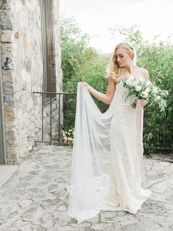 fresh-amalfi-coast-italy-inspired-organic-wedding-inspiration33
