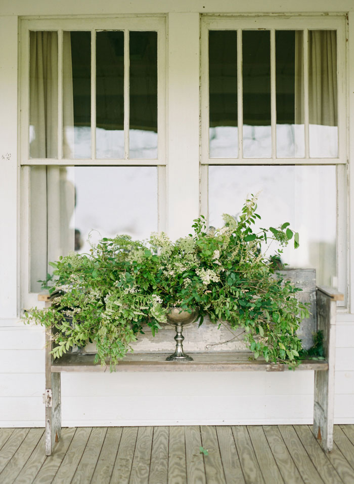 newberry-manor-farmhouse-blue-peach-wedding-inspiration33