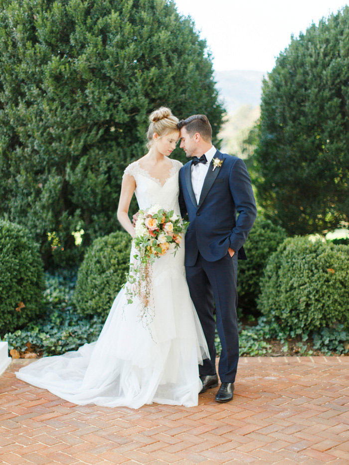 seven-oaks-farm-fall-southern-peach-wedding-inspiration40