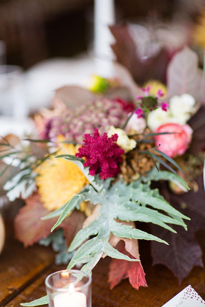 the-inn-at-barley-sheaf-rustic-fall-farm-dahlia-wedding-inspiration37
