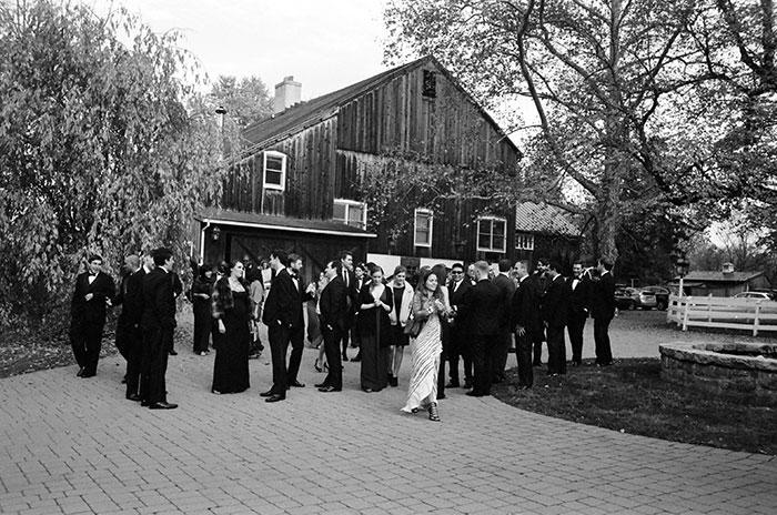 the-inn-at-barley-sheaf-rustic-fall-farm-dahlia-wedding-inspiration42