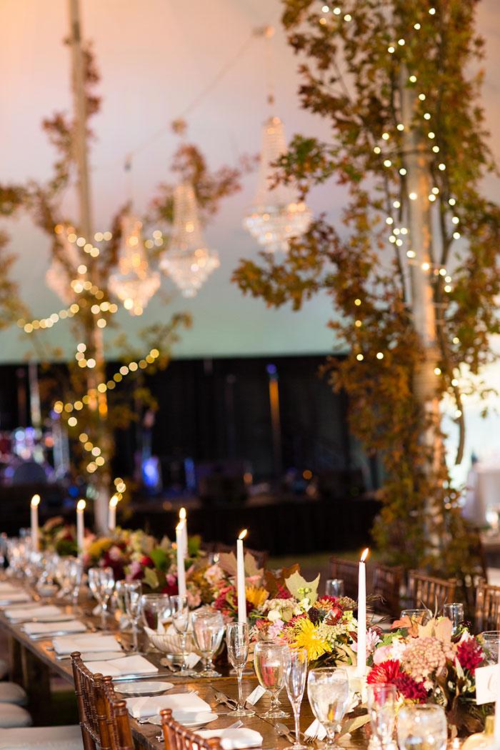 the-inn-at-barley-sheaf-rustic-fall-farm-dahlia-wedding-inspiration47
