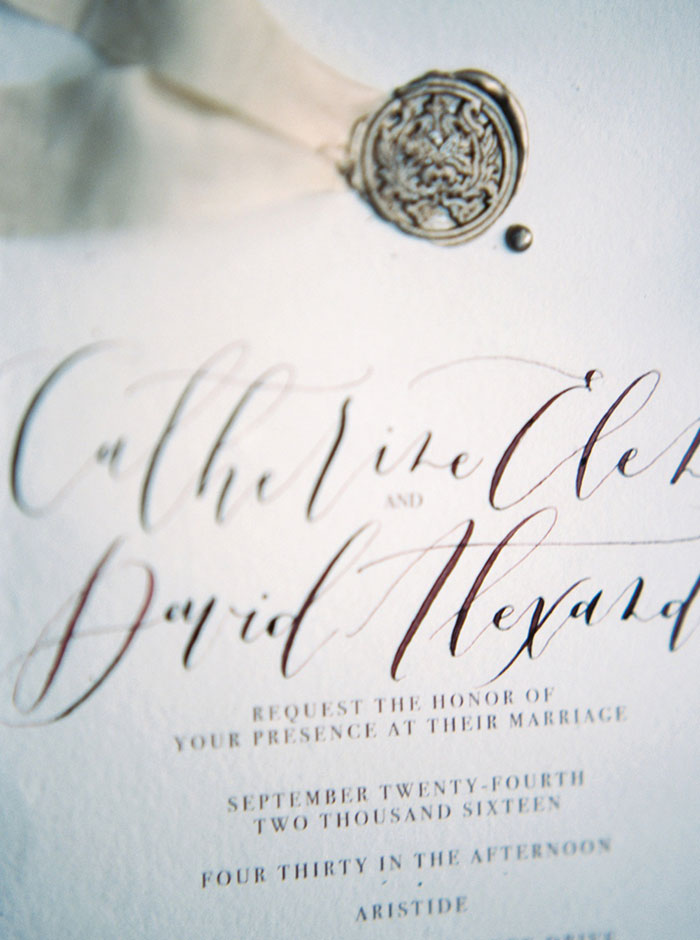 aristide-mansfield-dallas-fall-old-world-elegance-floral-wedding-inspiration07