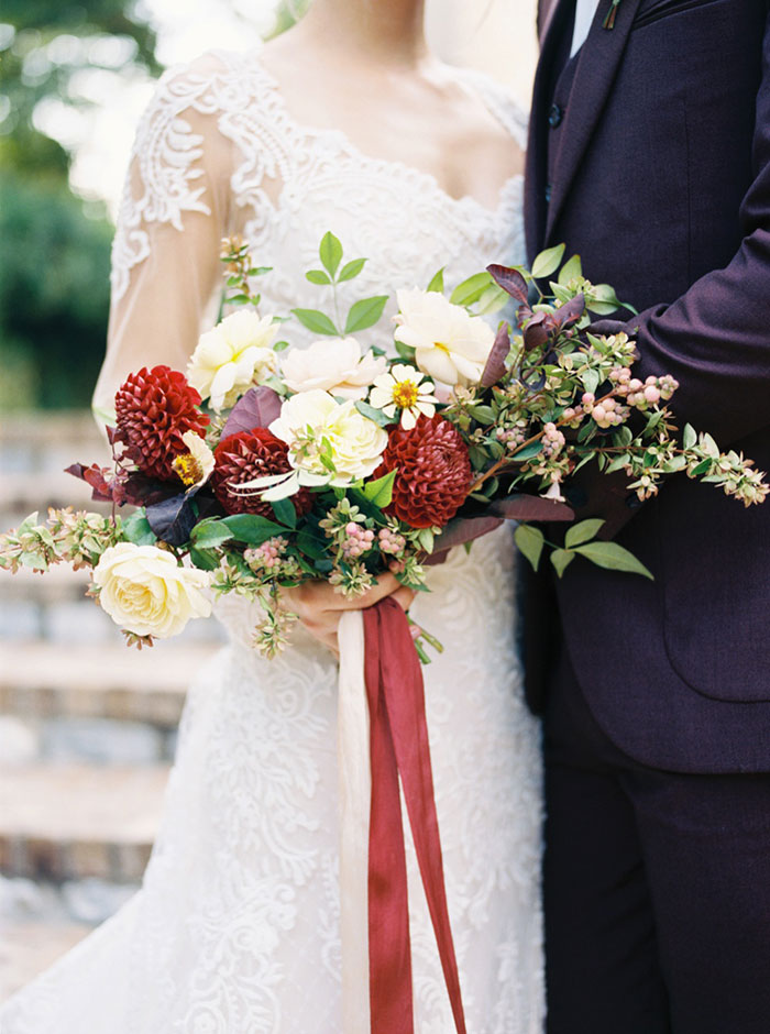 aristide-mansfield-dallas-fall-old-world-elegance-floral-wedding-inspiration12