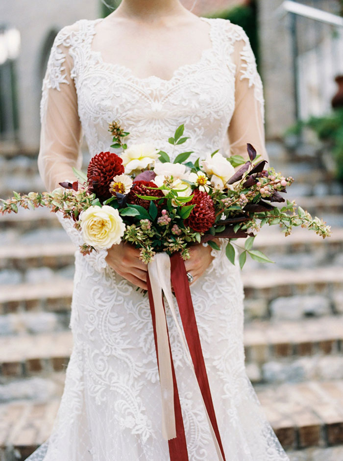 aristide-mansfield-dallas-fall-old-world-elegance-floral-wedding-inspiration23