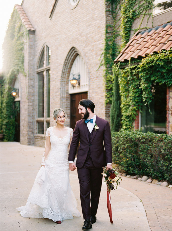 aristide-mansfield-dallas-fall-old-world-elegance-floral-wedding-inspiration26