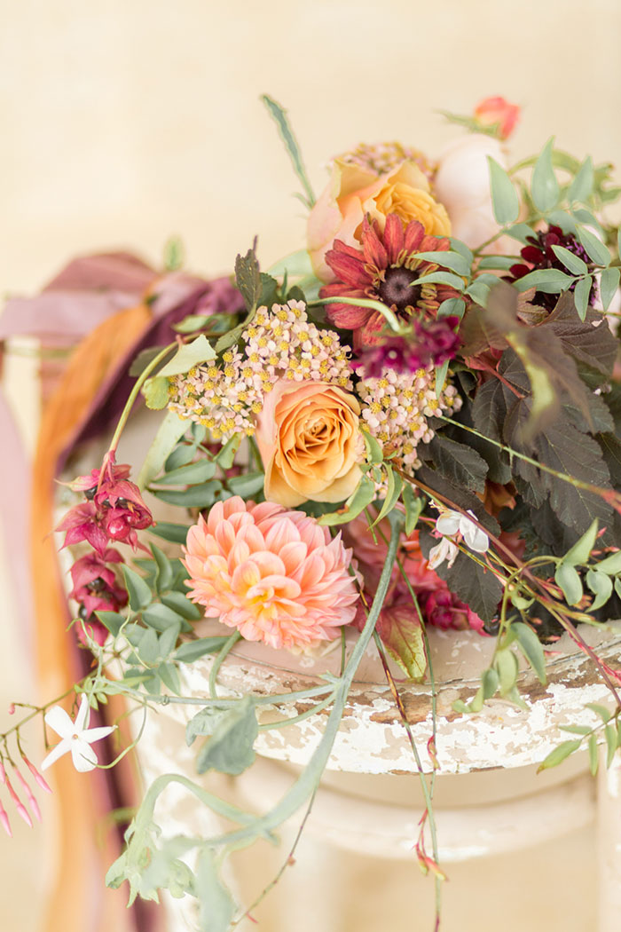 autumn-secret-garden-dahlia-european-wedding-inspiration47
