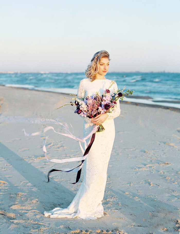 ethereal-lavender-hued-beach-boho-inspiration-shoot13