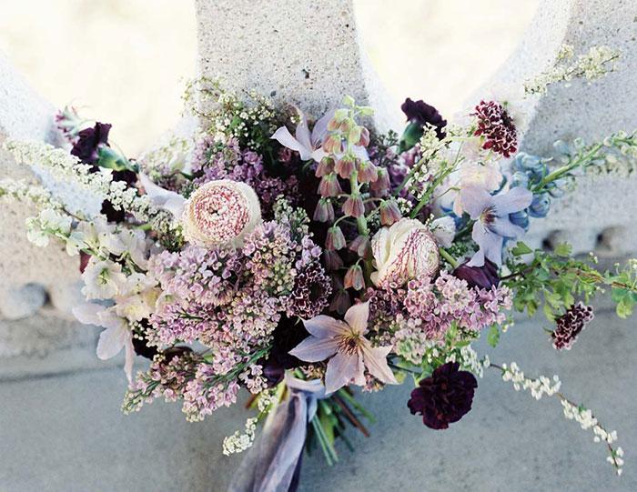 ethereal-lavender-hued-beach-boho-inspiration-shoot19