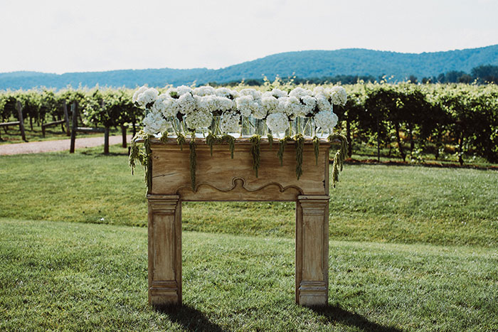keswick-vineyards-virginia-lavender-blue-food-truck-leanne-marshall-wedding-inspiration31