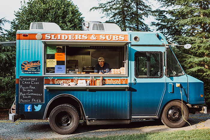 keswick-vineyards-virginia-lavender-blue-food-truck-leanne-marshall-wedding-inspiration41
