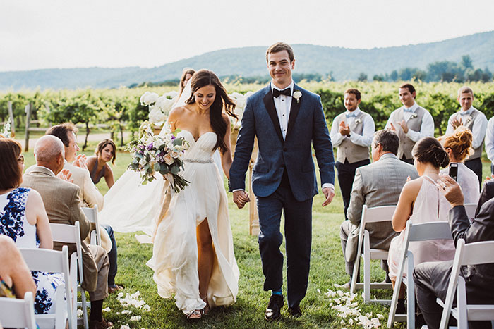 keswick-vineyards-virginia-lavender-blue-food-truck-leanne-marshall-wedding-inspiration56