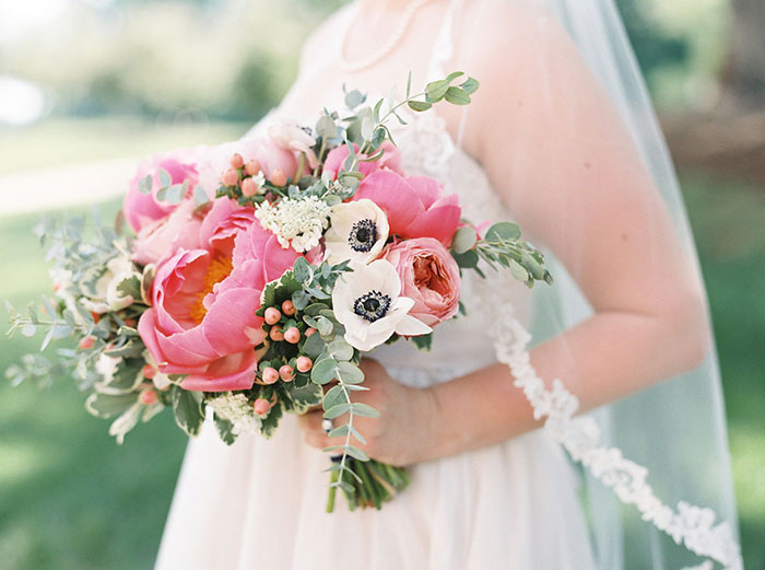 winmock-at-kinderton-north-carolina-preppy-barn-stripe-peony-wedding-inspiration11