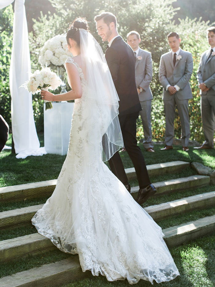 meadowood-napa-valley-modern-glam-orchid-wedding-inspiration25