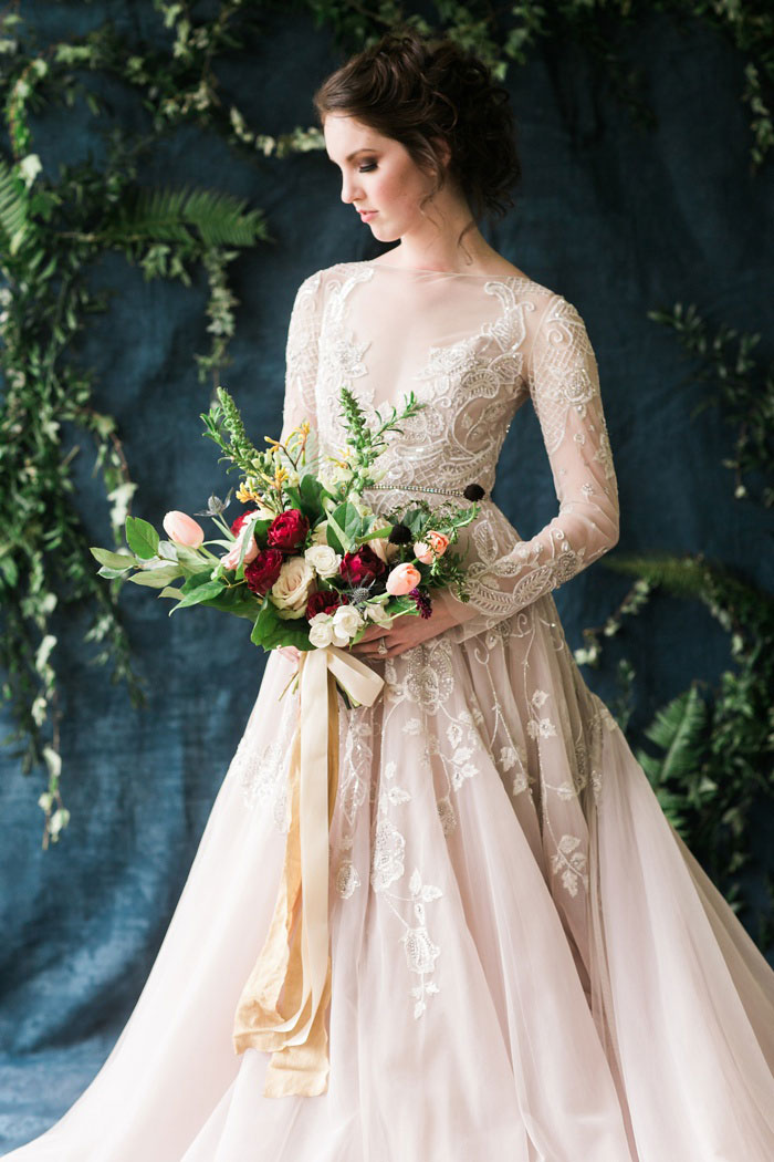 old-world-moody-fairy-tale-lush-floral-wedding-inspiration32