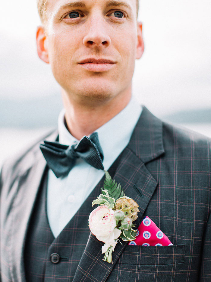 pacific-northwest-columbia-river-rustic-vintage-floral-blue-wedding-inspiration48