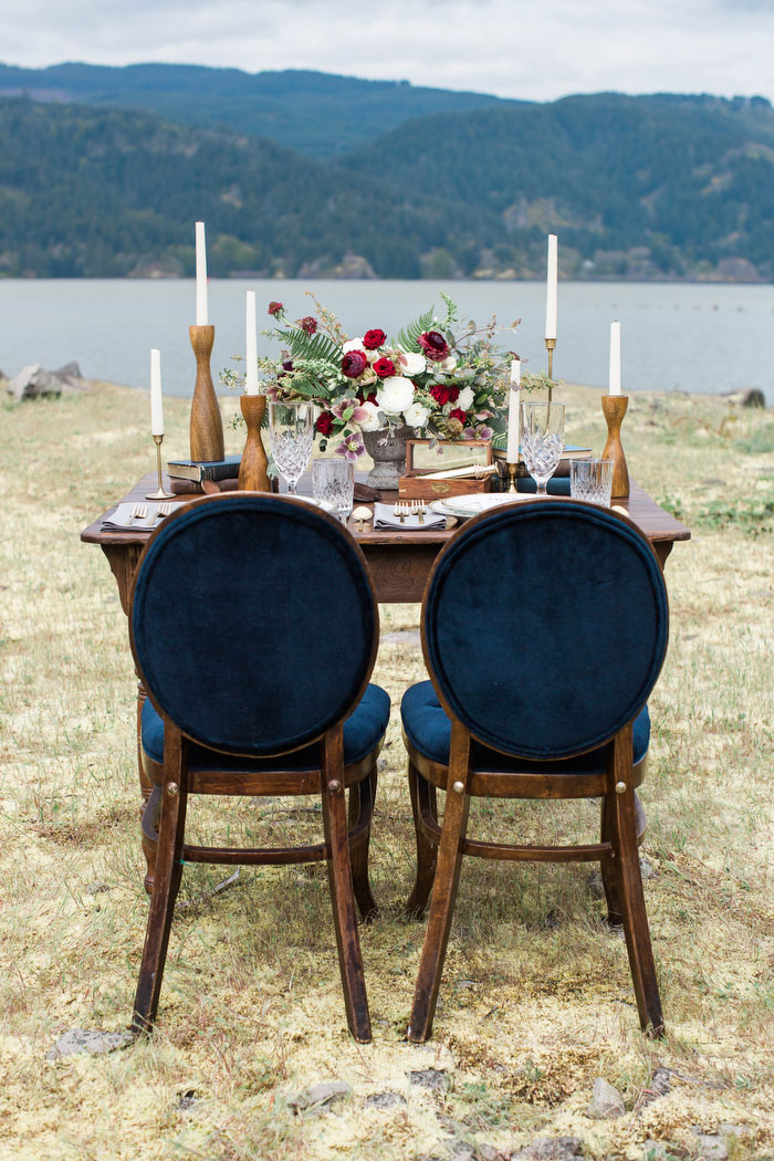 pacific-northwest-columbia-river-rustic-vintage-floral-blue-wedding-inspiration64